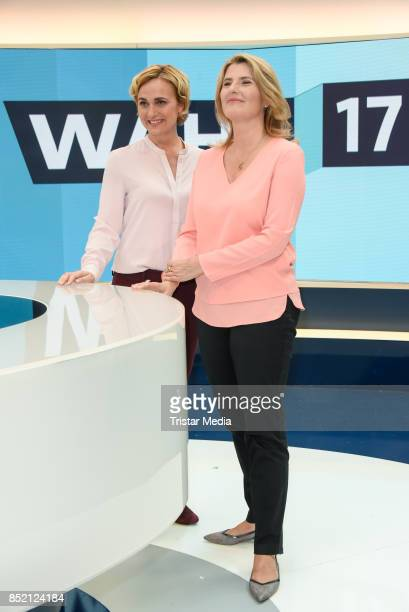 Caren Miosga and Tina Hassel during the 'Bundestagswahl' TV Show Photo Call on September 22 2017 in Berlin Germany