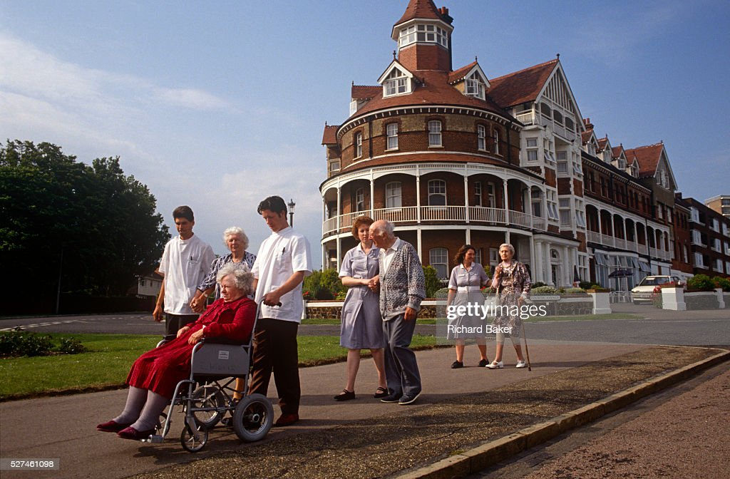 England - Frinton - Carers and elderly residents on morning walk : News Photo