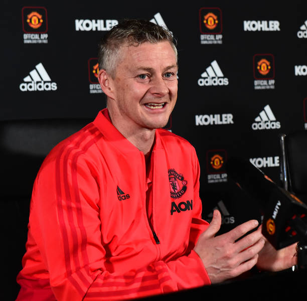 GBR: Manchester United Training and Press Conference