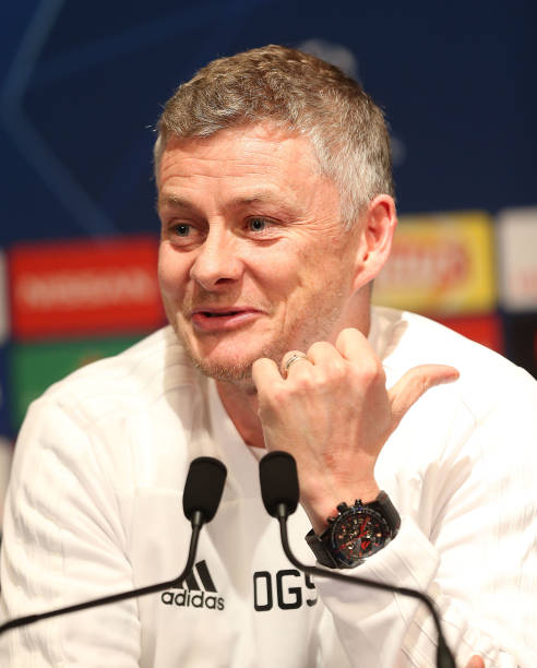 FRA: Manchester United Training and Press Conference