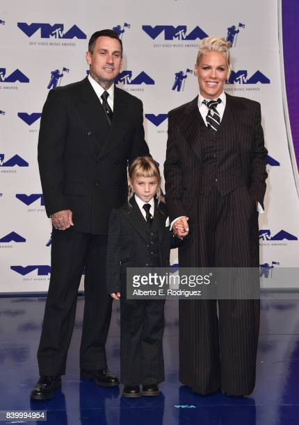 Carey Hart, Willow Sage Hart and Pink attend the 2017 MTV Video Music Awards at The Forum on August 27, 2017 in Inglewood, California.