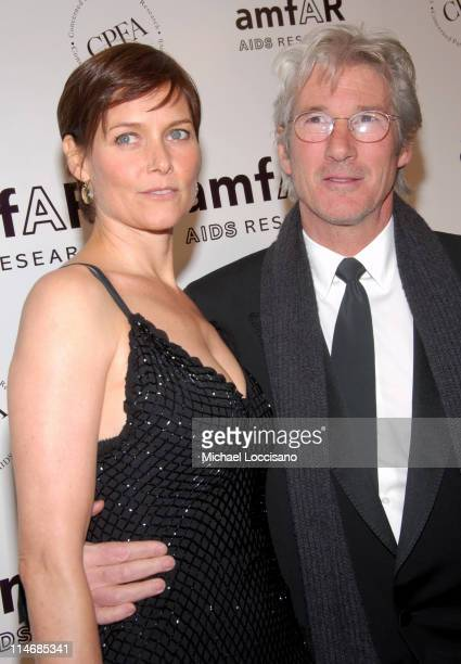 Carey Lowell and Richard Gere during AmfAR New York City Gala Honoring John Demsey Whoopi Goldberg and Bill Roedy Inside at Cipriani's 42nd Street in...