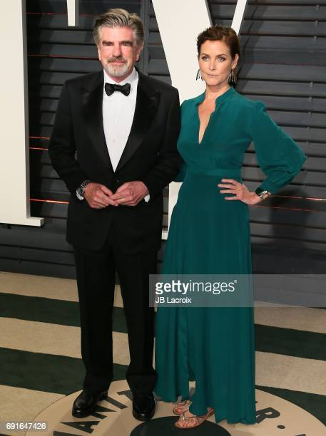 Carey Lowell and Treat Williams attend the 2017 Vanity Fair Oscar Party hosted by Graydon Carter at Wallis Annenberg Center for the Performing Arts...