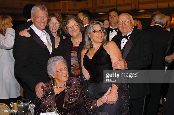 Carey Lowell Richard Gere sisters Laura Susan and Joanne father Homer Gere and mother Doris Gere