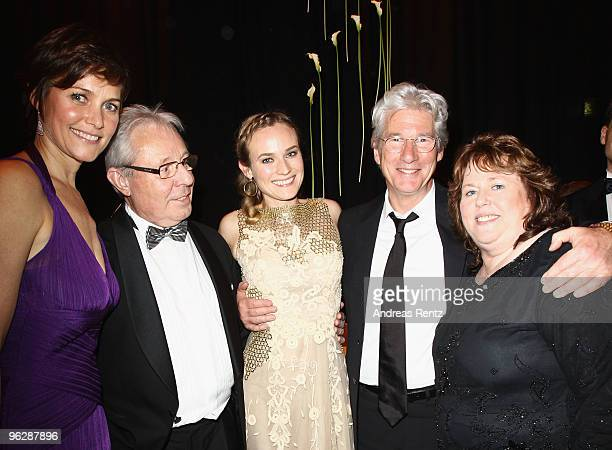 Carey Lowell Wolfgang Bieneck actress Diane Kruger actor Richard Gere and MariaTheresia Heidkrueger attend the after show party to the Goldene Kamera...