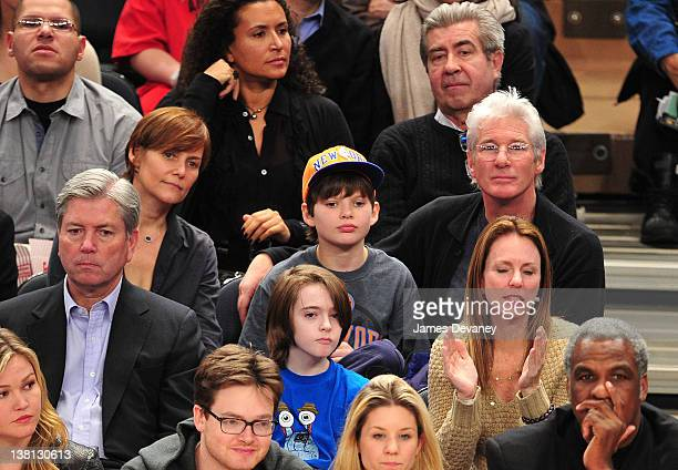 Carey Lowelll, Homer James Gere and Richard Gere attend the Chicago Bulls VS New York Knicks at Madison Square Garden on February 2, 2012 in New York...