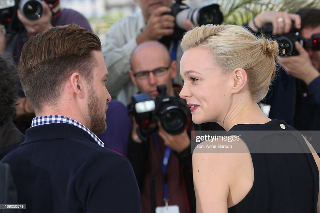 Carey Mulligan (R) and Justin Timberlake attend the photocall for 'Inside Llewyn Davis' during the 66th Annual Cannes Film Festival at Palais des Festivals on May 19, 2013 in Cannes, France.