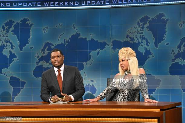 """Carey Mulligan"""" Episode 1802 -- Pictured: Anchor Michael Che and Punkie Johnson as 'Pineapple' during Weekend Update on Saturday, April 10, 2021 --"""