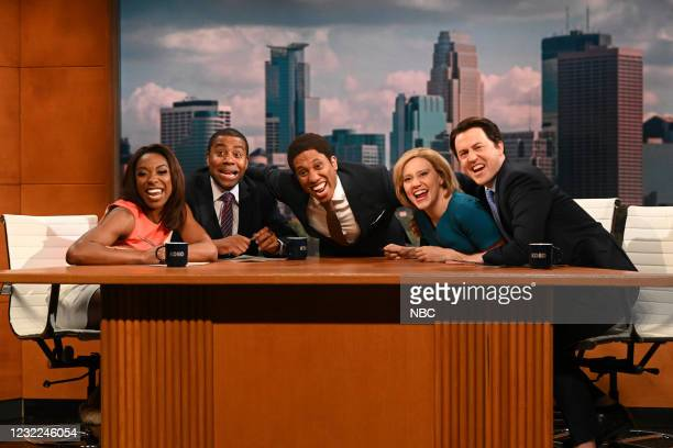 "Carey Mulligan"" Episode 1802 -- Pictured: Ego Nwodim, Kenan Thompson, Chris Redd, Kate McKinnon, and Alex Moffat during the ""Minnesota News"" Cold..."