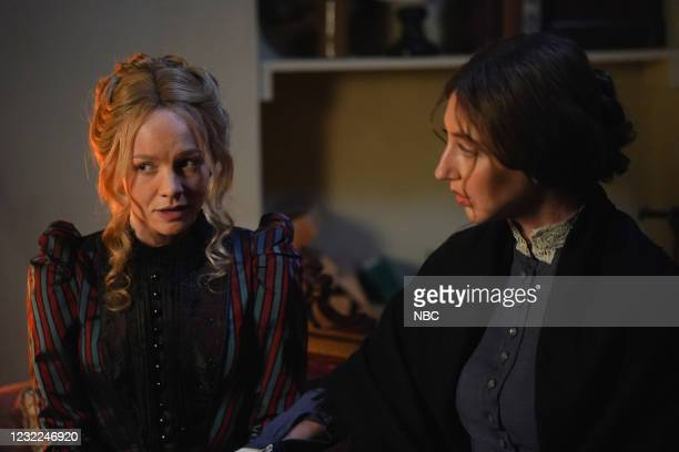 "Carey Mulligan"" Episode 1802 -- Pictured: Host Carey Mulligan and Heidi Gardner during the ""Movie Trailer"" sketch on Saturday, April 10, 2021 --"