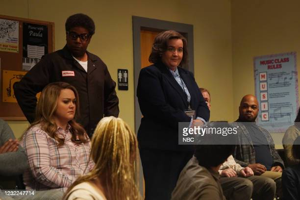 """Carey Mulligan"""" Episode 1802 -- Pictured: Lauren Holt , Kenan Thompson, and Aidy Bryant during the """"IBS Medicine Ad"""" sketch on Saturday, April 10,..."""