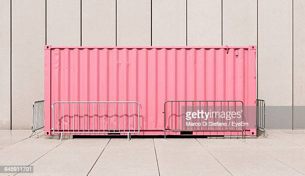 cargo container against wall - barricade stock pictures, royalty-free photos & images