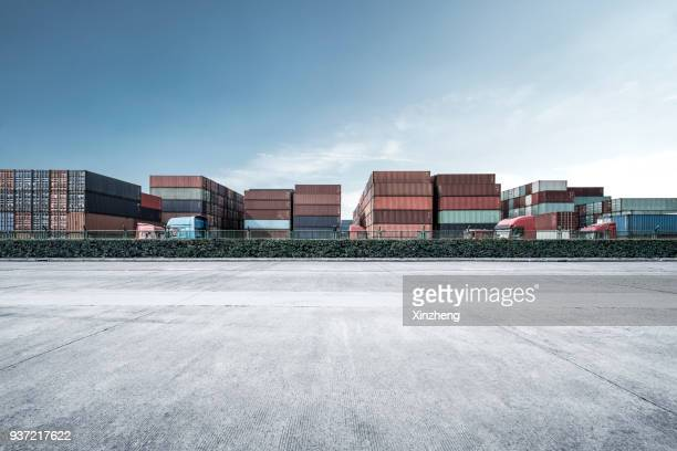 cargo containers, parking lot - commercial dock stock pictures, royalty-free photos & images