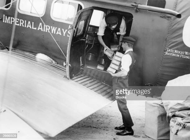 Cargo of gold from the Lena goldfields in Russia arriving at Croydon aerodrome via Imperial airways.