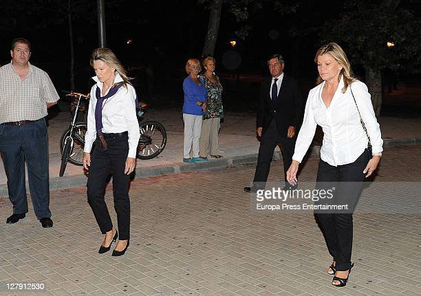 Cari Lapique Alfonso Cortina and Miriam Lapique visit San Isidro morgue following the death of Beatriz Preysler on October 2 2011 in Madrid Spain...