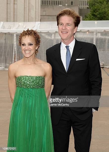 Cari Modine and Matthew Modine attend the 69th annual American Ballett Theatre spring gala at The Metropolitan Opera House on May 18 2009 in New York...
