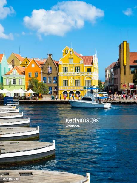 caribbean, antilles, curacao, willemstad, view from queen emma bridge - curaçao stockfoto's en -beelden