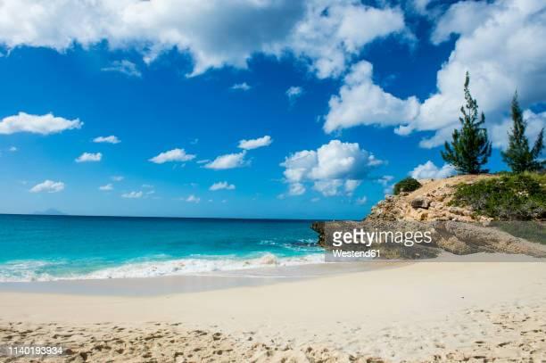 caribbean, antilles, sint maarten, mullet bay beach - sint maarten stockfoto's en -beelden