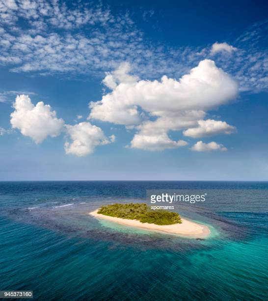 islas y cayos caribe - paisajes de venezuela fotografías e imágenes de stock