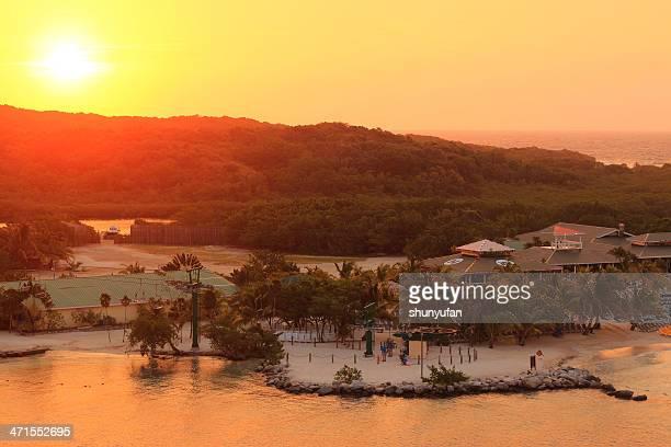 Caribbean: Roatan, Honduras