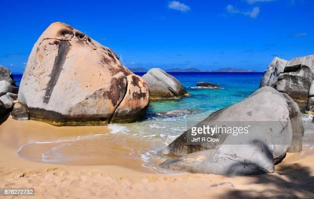 caribbean travel view 3 - islas de virgin gorda fotografías e imágenes de stock