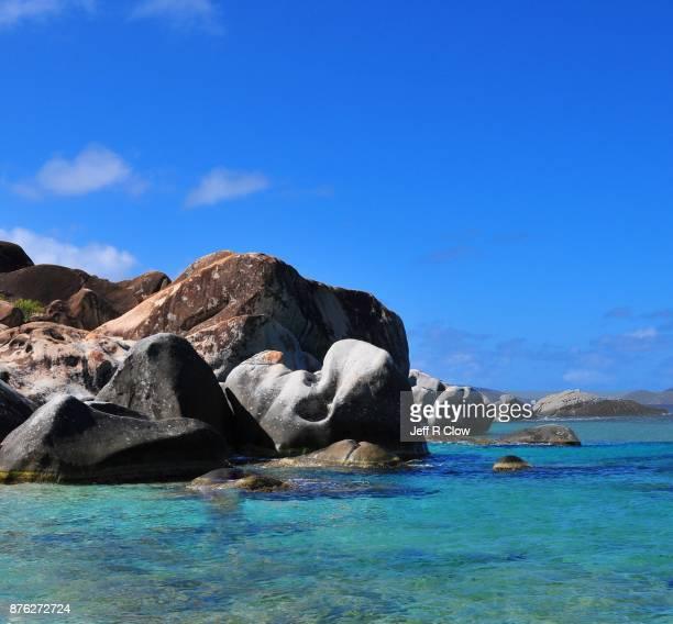 caribbean travel view - islas de virgin gorda fotografías e imágenes de stock