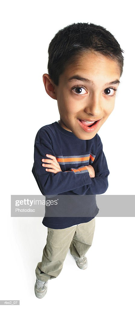 caricature from a birdseye view of a little boy crossing his arms as he looks upward and smiles : Stockfoto
