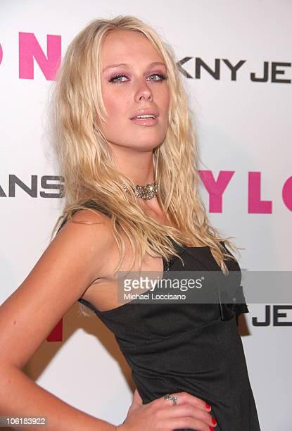 CariDee English Winner of America's Next Top Model