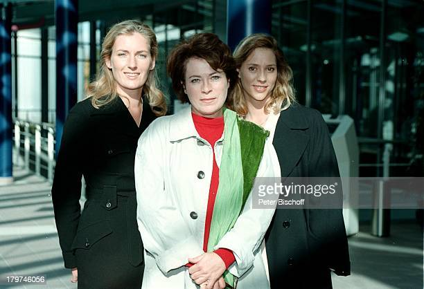 "Carin C. Tietze , Rita Russek; und Maria Furtwängler- Burda; , ZDF-;Komödie ""Herz über Kopf"".,"