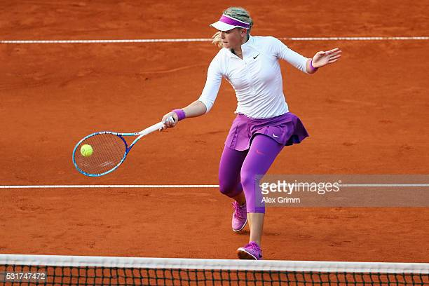 Carina Witthoeft of Germany returns the ball to Mariana DuqueMarino of Colombia during Day Three of the Nuernberger Versicherungscup 2016 on May 16...