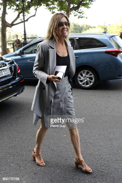 Carine Roitfeld arrives at the Berluti Menswear Spring/Summer 2018 show as part of Paris Fashion Week on June 23 2017 in Paris France