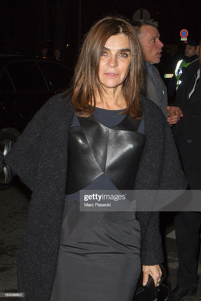 Carine Roitfeld arrives to attend the 'Saint Laurent' Fall/Winter 2013 Ready-to-Wear show as part of Paris Fashion Week on March 4, 2013 in Paris, France.
