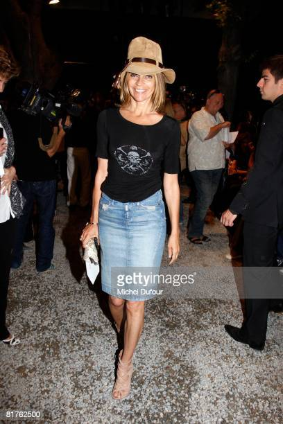 Carine Roitfeld attends at the Dior '09 Spring Summer Men's Wear fashion show on June 26, 2008 in Paris, France.