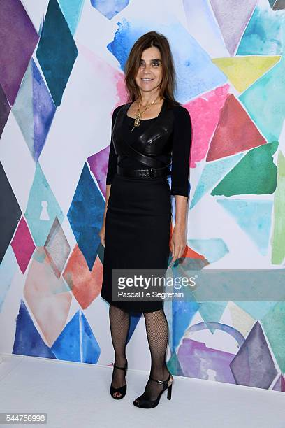 Carine Roitfeld attends the Schiaparelli Haute Couture Fall/Winter 20162017 show as part of Paris Fashion Week on July 4 2016 in Paris France