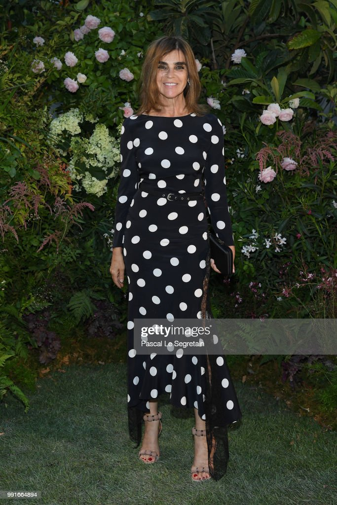 carine-roitfeld-attends-the-valentino-haute-couture-fall-winter-show-picture-id991664894
