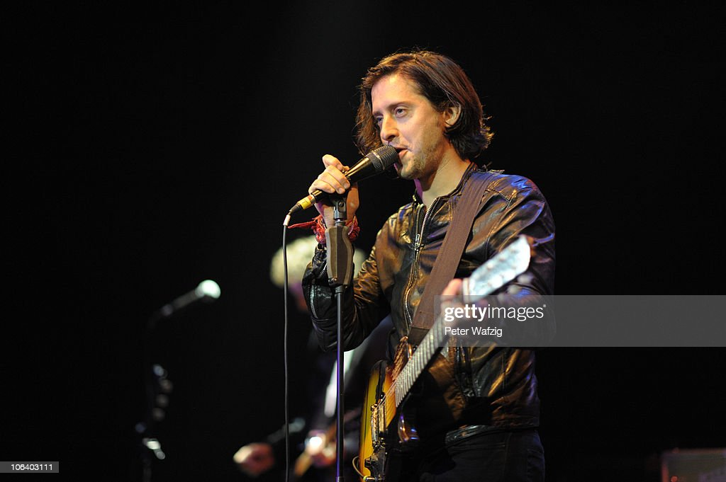 Carl Barat In Concert : Nachrichtenfoto