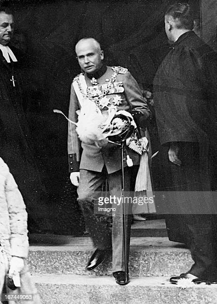 Carl Eduard Duke of SaxeCoburg and Gotha Last reigning duke 19331945 President of the Red Cross and SA Obergruppenführer 1932 Photograph Carl Eduard...