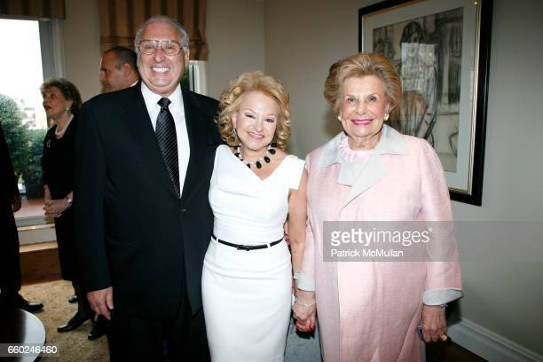 Carl Goldstein Lynn Goldstein and Shelby Modell attend JOHN SEXTON and MATILDA RAFFA CUOMO host a reception honoring ANDREA BOCELLI at Private...
