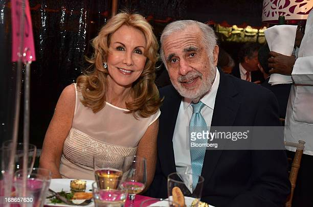 Carl Icahn billionaire investor and chairman of Icahn Enterprises Holdings LP right and wife Gail Golden attend the Mount Sinai Medical Center...