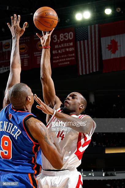 Carl Landry of the Houston Rockets puts up a shot against Jonathan Bender of the New York Knicks during the game on January 9 2010 at the Toyota...