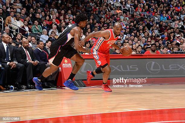 Carl Landry of the Philadelphia 76ers drives to the basket against DeAndre Jordan of the Los Angeles Clippers on January 2 2016 at STAPLES Center in...