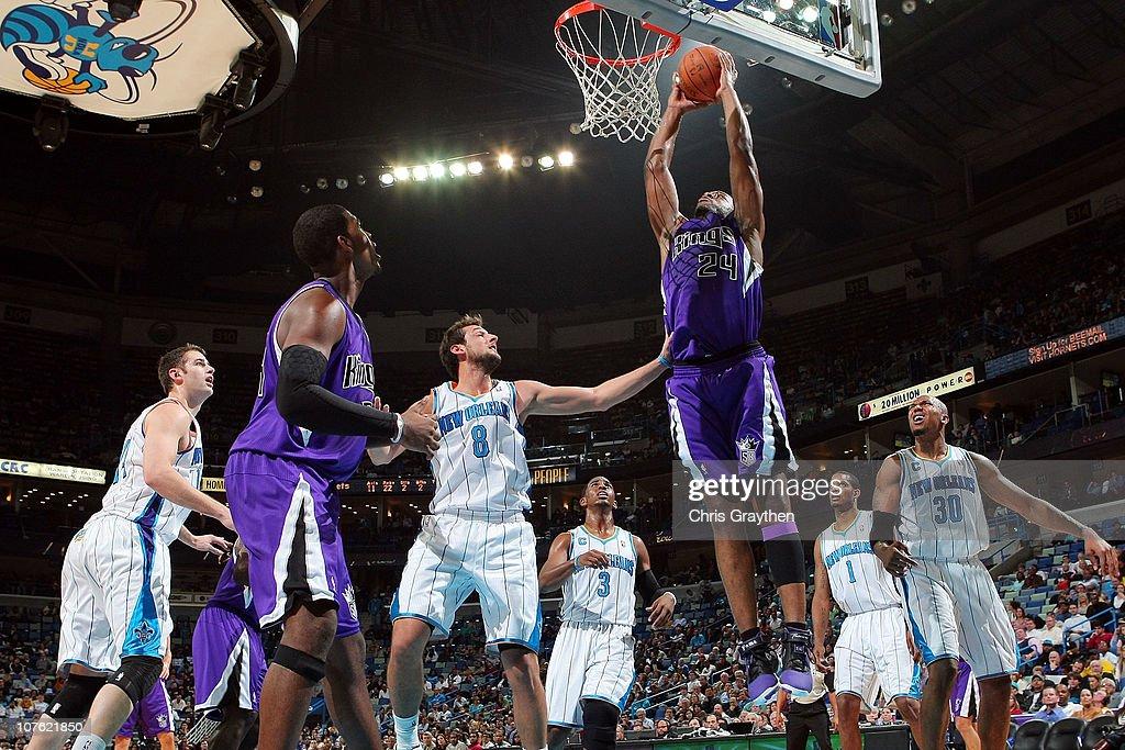Sacramento Kings v New Orleans Hornets : News Photo