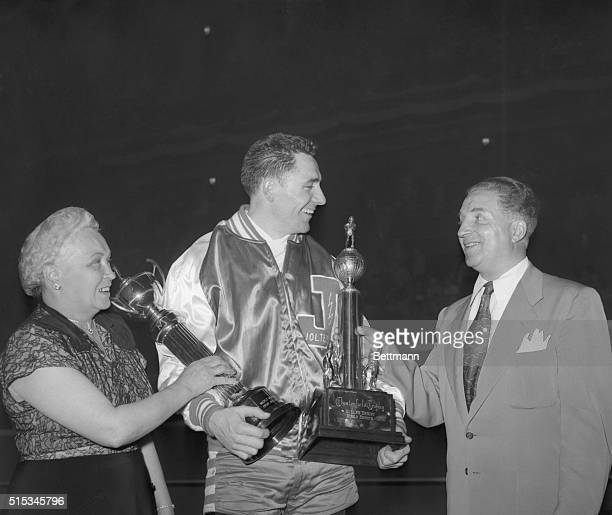 Carl 'Moose' Payne, captain of the New Jersey Jolters team that won over Brooklyn's Red Devils to the 1950 Roller Derby World Series title, at...