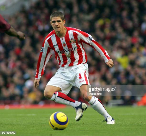 Carl Robinson of Sunderland in action during the Barclays Premiership match between Arsenal and Sunderland at Highbury in London on November 5 2005