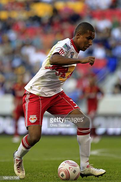 Carl Robinson of the New York Red Bulls controls the ball against Real Salt Lake at Red Bull Arena on October 9 2010 in Harrison New Jersey The Red...