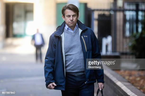 Carl Rogberg former finance director for Tesco Plc arrives at Southwark Crown Court in London UK on Wednesday Oct 4 2017 A senior Tesco...