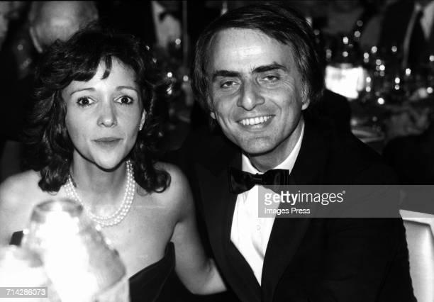 Carl Sagan and his fiance Ann Druyan at the WaldorfAstoria circa 1980 in New York City