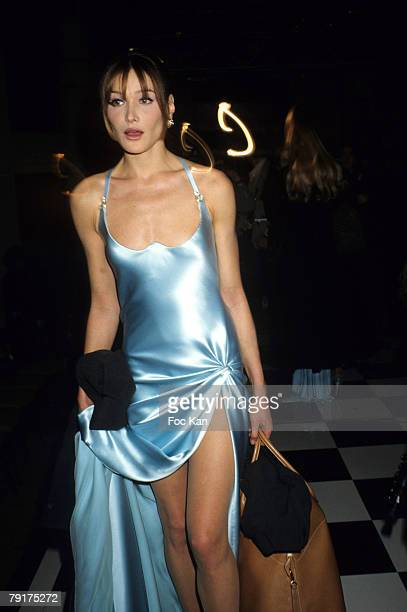 Carla Bruni attends the Versace High Fashion Show at the Ritz Hotel on January 131995 in Paris France