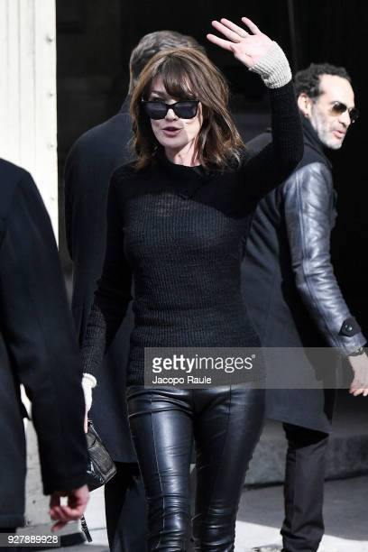 Carla Bruni is seen arriving at Chanel Fashion Show during the Paris Fashion Week Womenswear Fall/Winter 2018/2019 on March 6 2018 in Paris France