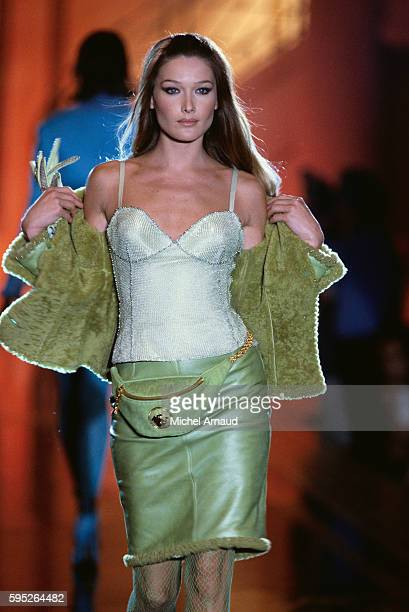 Carla Bruni Modeling Versace Outfit